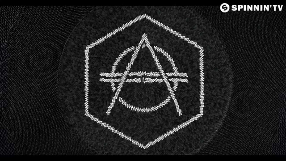 Don Diablo feat. Kris Kiss – Chain Reaction (Domino) [Available February 6]