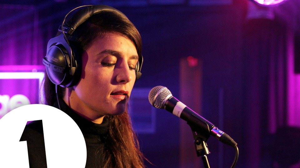 Jessie Ware covers Labrinth's Jealous in the Live Lounge