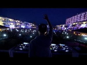 Avicii – Fans  (VEVO LIFT): Brought To You By McDonald's