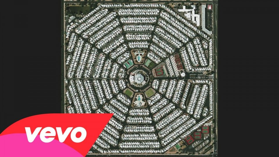 Modest Mouse – The Ground Walks, with Time in a Box (Audio)