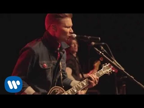 "Frankie Ballard – ""Young & Crazy"" (Official Video)"