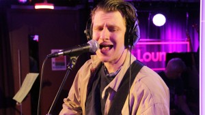 Jamie T covers Meghan Trainor – All About That Bass in the Live Lounge