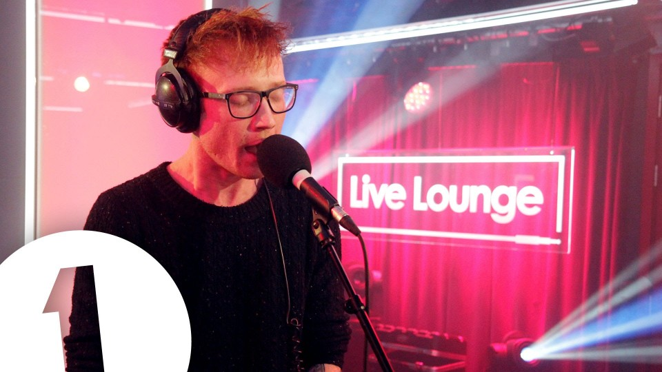 Mallory Knox cover Alesso's Heroes (We Could Be) in the Live Lounge